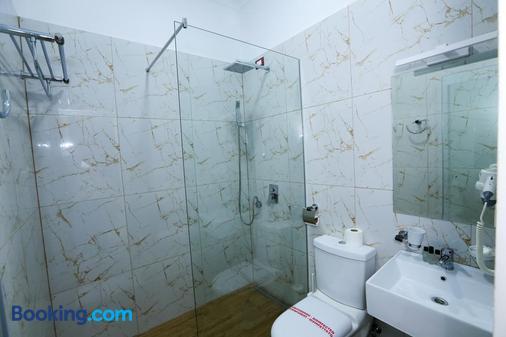 Hermes Tirana Hotel - Tirana - Bathroom