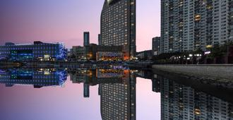 Bayshore Hotel Dalian - Dalian - Outdoors view