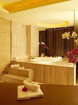 Regal Jinfeng Hotel - Shanghai - Bad