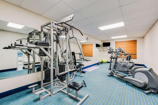 Wingate by Wyndham York - York - Gym
