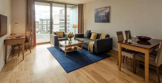 Premier Suites Dublin, Sandyford - Dublin - Huiskamer