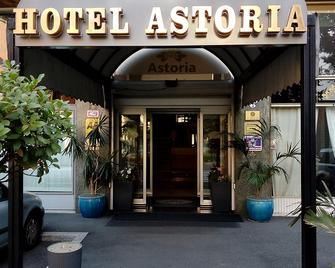Hotel Astoria Gallarate - Gallarate - Gebouw