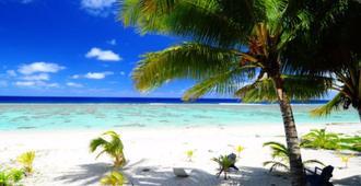 礁岩汽車旅館 - 拉洛東加 - 拉羅東加島