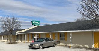 Winstons Air Conditioned Motel - Tulsa - Building