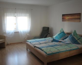 Appartement- Steinkirchner - Straubing - Slaapkamer