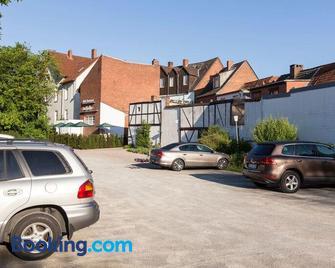 Hotel Zum Roten Tore - Luneburg - Building