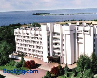 Dnepr Hotel - Cherkassy - Building