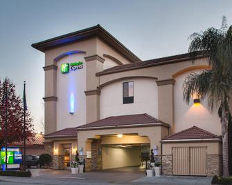 Holiday Inn Express Redwood City-Central - Redwood City - Gebäude
