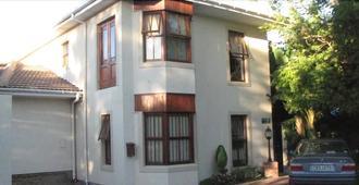 Magnolia Place Guest House - Stellenbosch - Building