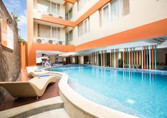 Siesta Legian Hotel - Kuta - Pool
