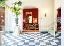Hotel Palazzo Guiscardo - Pietrasanta - Lobby