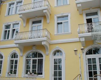 Milbor Hotel - Бад-Зоден