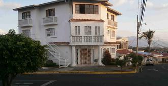 Hotel Mi Tierra - Alajuela - Building