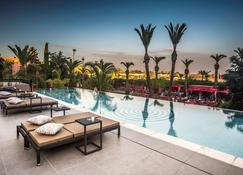 Sofitel Marrakech Lounge And Spa - Marrakech - Piscina