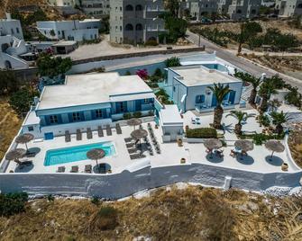 Ancient Thera Studios Kamari & Swimming Pool - Kamari