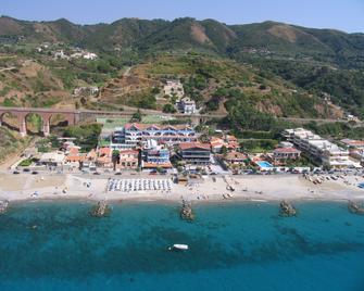 Oasi Azzurra Village - Villafranca Tirrena