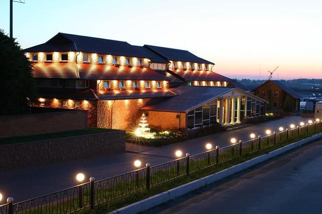 Versal Hotel Complex - Vinnytsia - Building