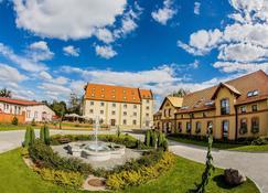 Zamek Topacz - Wrocław - Edificio