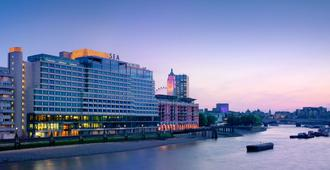 Sea Containers London - Lontoo - Rakennus