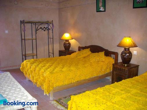 古堡卡斯巴酒店 - 歐瓦爾札札特 - 瓦爾扎扎特 - 臥室