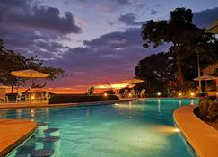 Si Como No Resort, Spa And Wildlife Refuge - Manuel Antonio - Pool