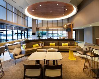 SpringHill Suites by Marriott Seattle Issaquah - Issaquah - Salónek