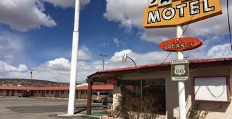 Sands Motel - Grants - Building