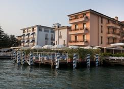 Hotel Eden - Сирмионе - Здание
