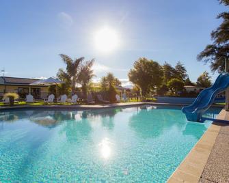 Motueka Top 10 Holiday Park - Motueka - Pool