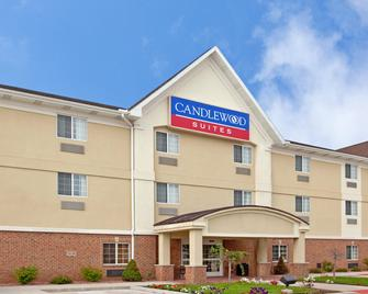 Candlewood Suites South Bend Airport - South Bend - Building