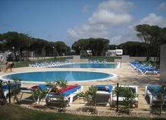 Parque De Campismo Orbitur Guincho - Cascais - Pool