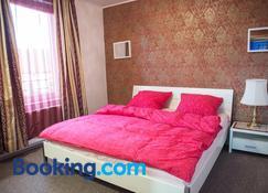 Schönes Zimmer in Celle - Celle - Makuuhuone