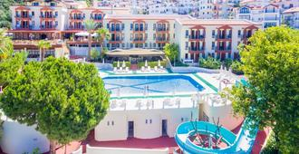 Hotel Club Phellos - Kaş - Toà nhà