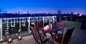 倫敦維多利亞麗亭酒店 - 倫敦 - 陽台