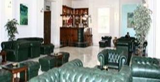 Iaki Hotel - Mamaia