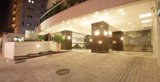 Hotel Confiance Batel - Curitiba - Hành lang