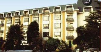 Distinction Rotorua Hotel and Conference Centre - Rotorua - Gebäude