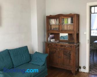 Maison Bernadette - Premier Etage - Vitry-sur-Seine - Huiskamer