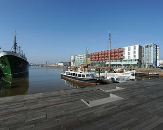 Nordsee Hotel Bremerhaven Fischereihafen - Bremerhaven - Building