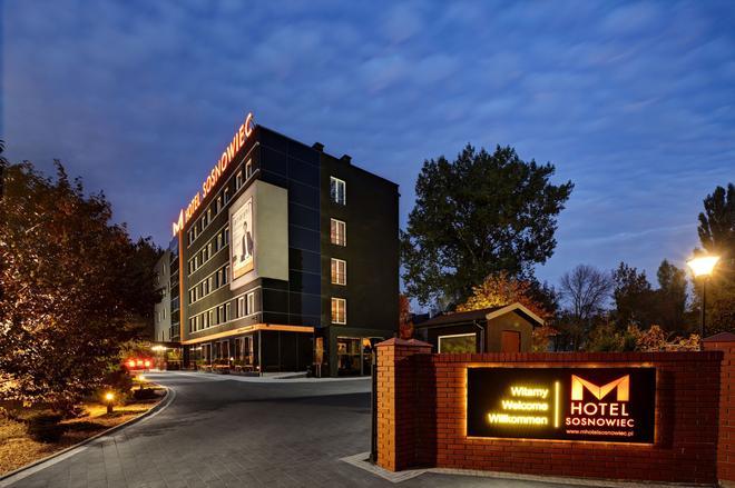 M Hotel Sosnowiec - Sosnowiec - Edificio