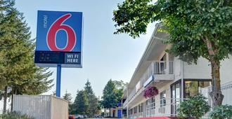 Motel 6 Eugene, Or - South Springfield - Eugene - Building