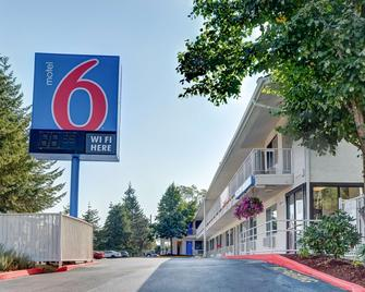 Motel 6 Eugene South Springfield - Eugene - Building