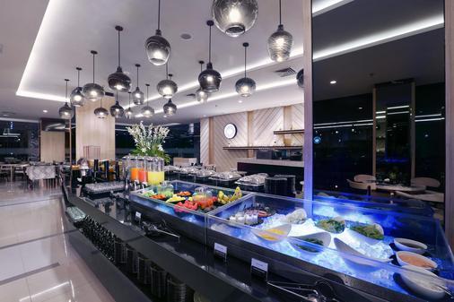 Hotel Neo Malioboro - Yogyakarta - Buffet