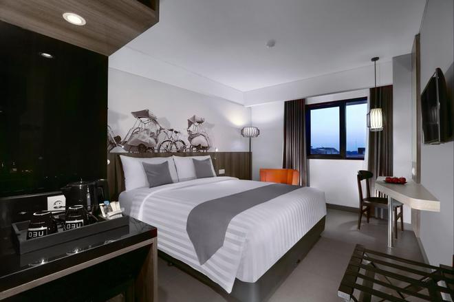 Hotel Neo Malioboro By Aston - Yogyakarta - Makuuhuone