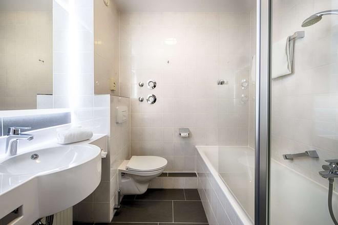 Achat Comfort Dresden - Dresden - Bathroom