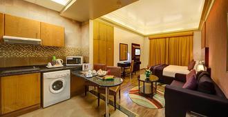 Al Khoory Hotel Apartments Al Barsha - דובאי - מטבח