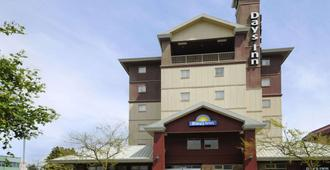 Days Inn by Wyndham Vancouver Airport - Richmond