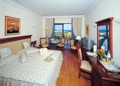 Atrium Palace Thalasso Spa Resort & Villas - Kalathos - Bedroom
