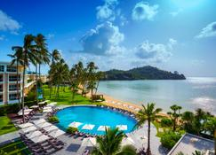 Crowne Plaza Phuket Panwa Beach - Wichit - Pool