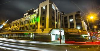 Yha Wellington - וולינגטון - בניין